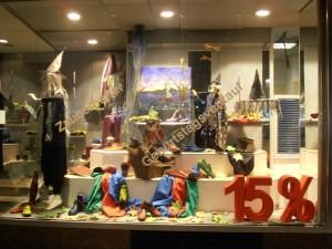 "Magische Schaufensterdeko zum ""zauberhaften Geburtstagsverkauf"""